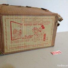 Brinquedos Antigos: PROYECTOR CINE WALT DISNEY (1953).. Lote 195913475