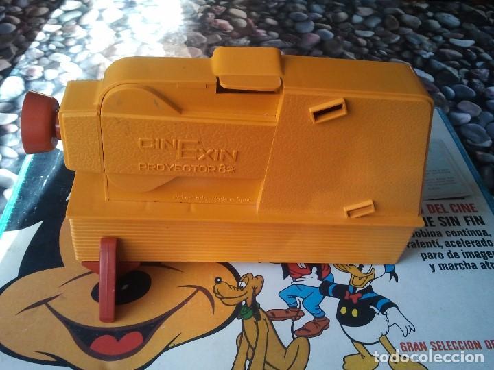 Juguetes Antiguos: Proyector infantil antiguo de los años 70 Cinexin el cine sin fin. Retro juguete de pelicula continu - Foto 4 - 207431458