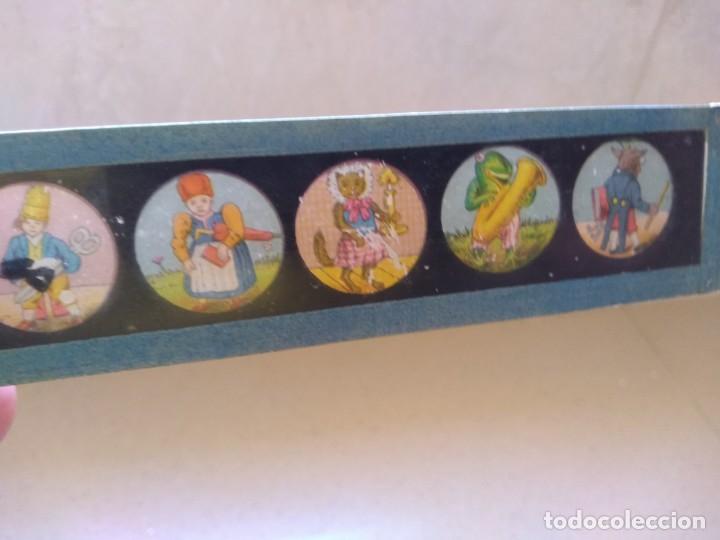 Juguetes Antiguos: Antiguos dibujos diapositivas muy antiguas cine linterna magica - Foto 3 - 208912600