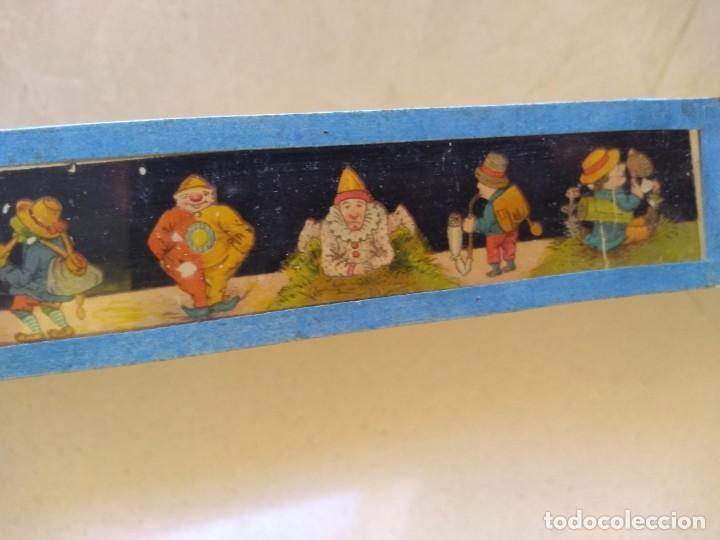 Juguetes Antiguos: Antiguos dibujos diapositivas muy antiguas cine linterna magica - Foto 4 - 208912600