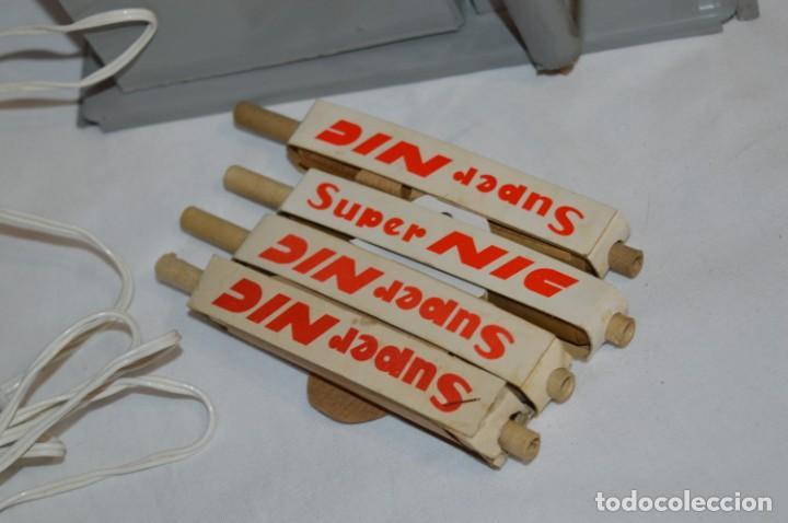 Juguetes Antiguos: ANTIGUO y VINTAGE - CINE Super NIC - Con 4 PELÍCULAS variadas - FUNCIONANDO - ¡Mira fotos/detalles! - Foto 13 - 210648102