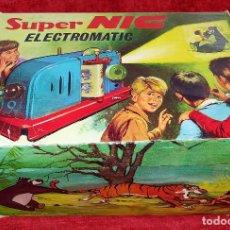 Juguetes Antiguos: PROYECTOR SUPER NIC ELECTROMATIC. CAJA ORIGINAL. CON 13 PELÍCULAS. ESPAÑA. CIRCA 1966. Lote 222331135