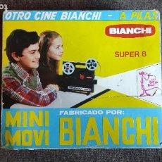 Juguetes Antiguos: BIANCHI SUPER 8 PROYECTOR DE CINE MINI MOVIE CINEMA. Lote 263910740
