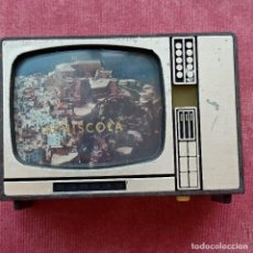 Juguetes Antiguos: TELEVISIÓN VISOR DE DIAPOSITIVAS. RECUERDO DE PEÑÍSCOLA. TELEVISIÓN DE JUGUETE. VINTAGE. Lote 277258203