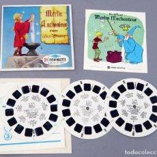 Juguetes Antiguos: VIEW MASTER MERLIN L ENCHANTEUR GAF MADE IN BELGIUM 1963 B 316 F CON LIBRO FRANCÉS Y 3 PELÍCULAS. Lote 295479728