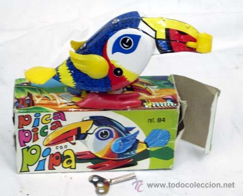 Juguetes antiguos Rico: Tucan de Rico pica pica con pipa años 60 Funciona - Foto 2 - 8033927