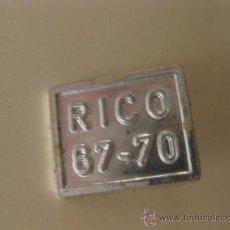 Juguetes antiguos Rico: MATRICULA SEAT 124 SPORT DE RICO.. Lote 27258112