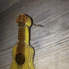 Juguetes antiguos Rico: GUITARRA RICO 1930-40 ORIGINAL Y SIN USO. Lote 56305245