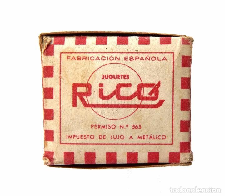Juguetes antiguos Rico: CAJA ENVASE ORIGINAL DEL JUGUETE LOCOMOTORA Nº 144 A CUERDA DE HOJALATA DE RICO - Foto 6 - 68877097