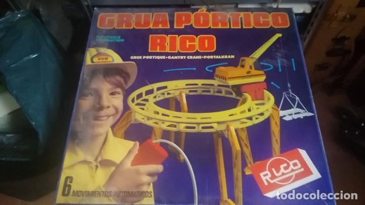 ANTIGUA GRUA DE RICO GRUA PORTICO RICO FUNCIONANDO EN CAJA (Juguetes - Marcas Clásicas - Rico)