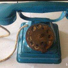 Juguetes antiguos Rico: ANTIGUO TELEFONO DE HOJALATA RICO AÑOS 40. Lote 79609909