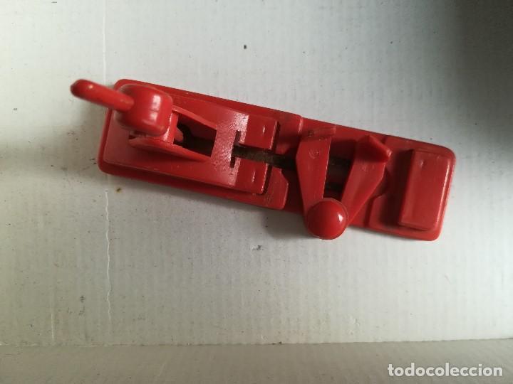 Juguetes antiguos Rico: Tren electrico 1020 , Marca Rico , en hojalata , falta limpieza , caja con desperfecto - Foto 4 - 96024863