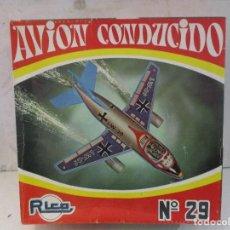 Juguetes antiguos Rico: AVION CONDUCIDO RICO CON SU CAJA ORIGINAL MUY BUEN ESTADO. Lote 106005535