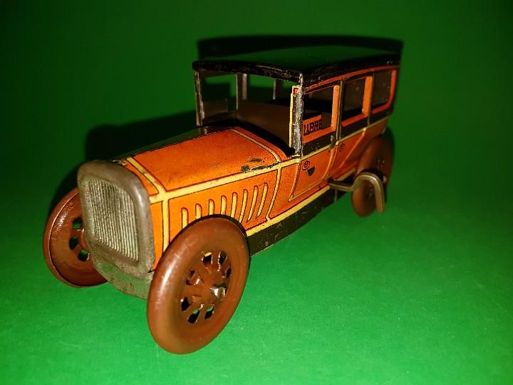 Juguetes antiguos Rico: Taxi de RICO, en hojalata litografías, funcionando a cuerda, años 30/40 - Foto 2 - 109996975
