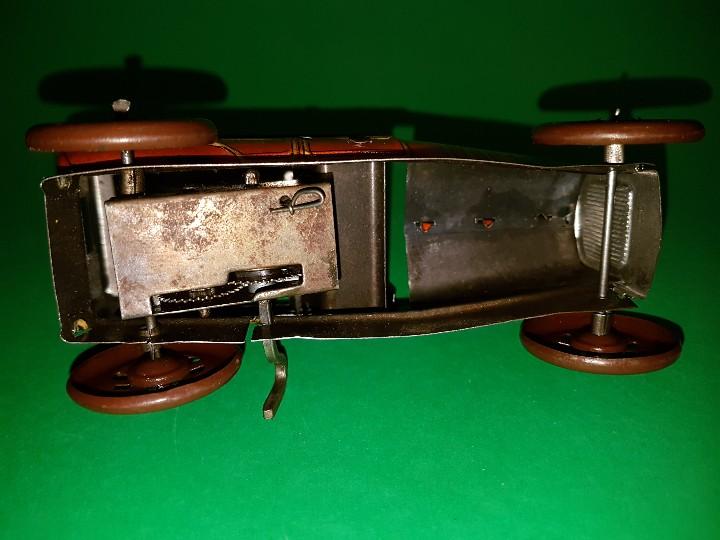 Juguetes antiguos Rico: Taxi de RICO, en hojalata litografías, funcionando a cuerda, años 30/40 - Foto 3 - 109996975