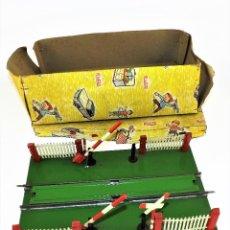 Juguetes antiguos Rico: RICO PASO A NIVEL CON BARRERAS ESCALA 0. Lote 112085251