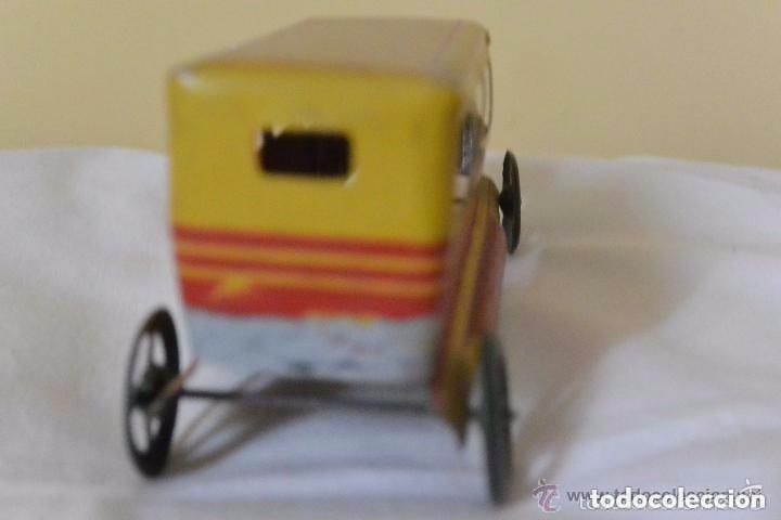 Juguetes antiguos Rico: Espectacular taxi de hojalata de RICO - Foto 4 - 112446155