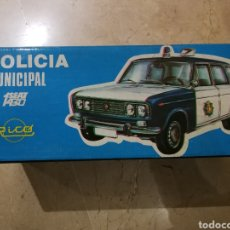Seat 1430 Policía municipal Rico