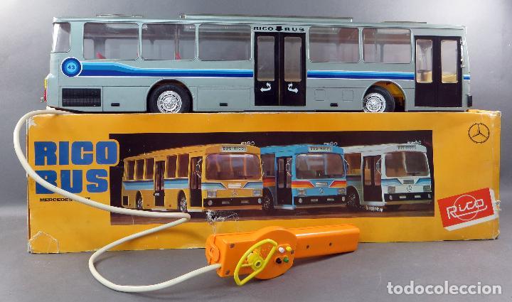 Juguetes antiguos Rico: Autobus Bus Mercedes Benz Rico eléctrico conducido Ref 43 años 80 con caja Funciona parte - Foto 2 - 136034393