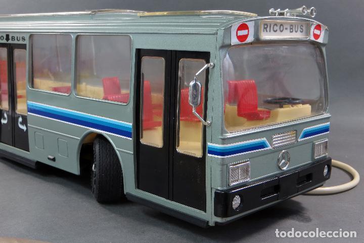 Juguetes antiguos Rico: Autobus Bus Mercedes Benz Rico eléctrico conducido Ref 43 años 80 con caja Funciona parte - Foto 6 - 136034393