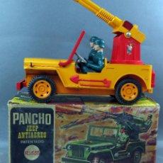 Juguetes antiguos Rico: PANCHO JEEP ANTIAÉREO DE RICO CON CAJA AÑOS 60 NO FUNCIONA . Lote 118171943