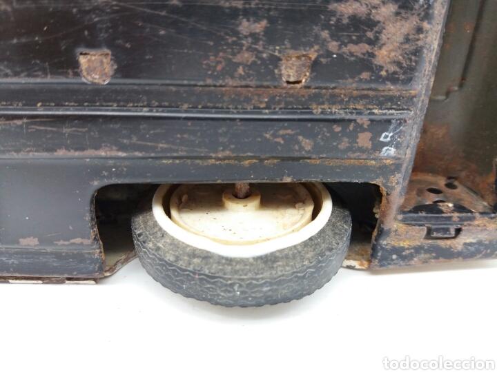 Juguetes antiguos Rico: RICO Oldsmobile, Ambulancia de la Cruz Roja Española, Antiguo coche de Hojalata NO Payá, Sanchis - Foto 19 - 124347798