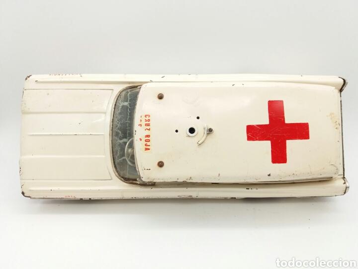 Juguetes antiguos Rico: RICO Oldsmobile, Ambulancia de la Cruz Roja Española, Antiguo coche de Hojalata NO Payá, Sanchis - Foto 22 - 124347798