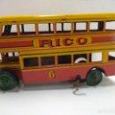 Juguetes antiguos Rico: AUTOBUS DOS PISOS RICO HOJALATA AÑOS 30-40. Lote 126487307