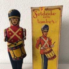 Juguetes antiguos Rico: RICO SOLDADO CON TAMBOR ORIGINAL. Lote 137196750