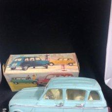 Juguetes antiguos Rico - Coche Renault 4 R 4, Rico Auto Lanzado color AZUL, nº 778, a fricción con caja años 60 - 139904726