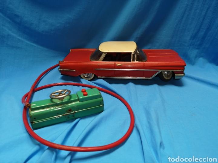 Juguetes antiguos Rico: Precioso coche Oldsmobile de rico cabledirigido. No funciona. Todo metálico. Hojalata. rojo. Años 60 - Foto 3 - 143180788