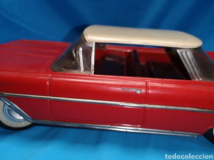 Juguetes antiguos Rico: Precioso coche Oldsmobile de rico cabledirigido. No funciona. Todo metálico. Hojalata. rojo. Años 60 - Foto 8 - 143180788
