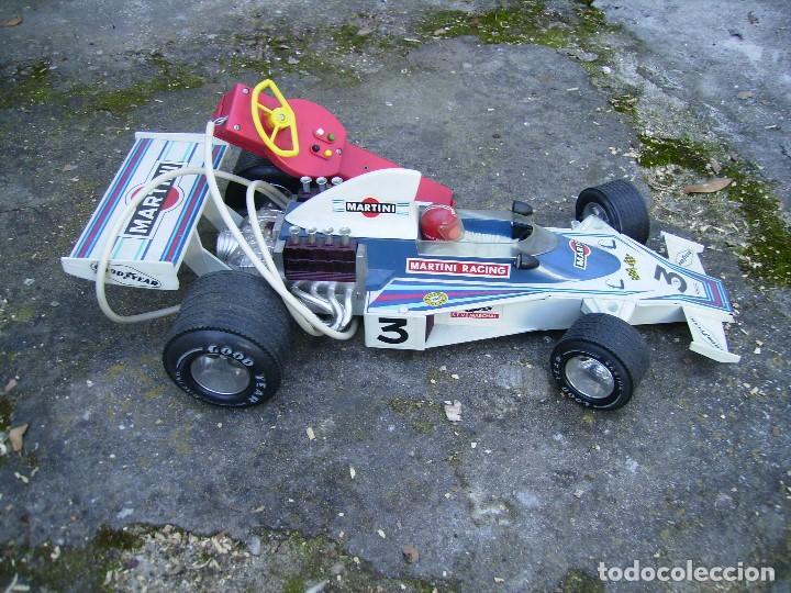 Juguetes antiguos Rico: coche de carreras de rico dirigido plastico años 70 mide unos 60cms no se si funciona - Foto 2 - 152437142