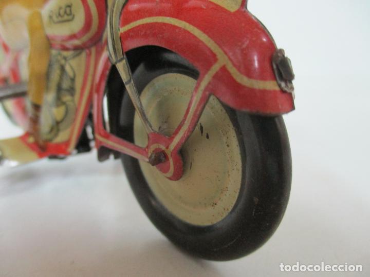 Juguetes antiguos Rico: Preciosa Moto Hojalata Litografiada - Marca Rico I -289 - a Cuerda, Funcionando - Años 30-40 - Foto 10 - 155617322