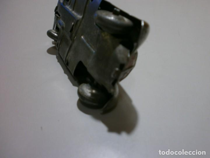 Juguetes antiguos Rico: años 30 coche metalico a cuerda rico o paya funciona mide10x3x4,5 ver fotos - Foto 7 - 168192348