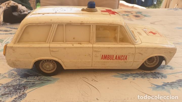 AMBULANCIA RICO SEAT 1400. (Juguetes - Marcas Clásicas - Rico)
