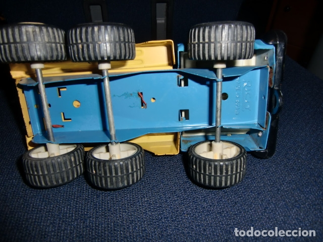 Juguetes antiguos Rico: camion grua de lata metalico - rico - mini sanson grua - Foto 4 - 179098480