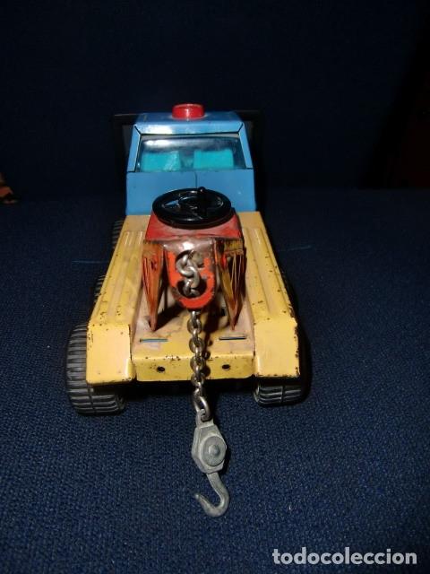 Juguetes antiguos Rico: camion grua de lata metalico - rico - mini sanson grua - Foto 6 - 179098480