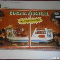 Juguetes antiguos Rico: ¡COCINA MUSICAL ELECTRONICA¡CONCAJA Y MANUAL,MUSICAL¡Y CAJA ORIJINAL CASA ¡¡RICO¡¡. Lote 179114480