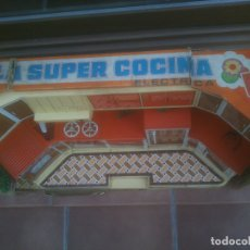 Juguetes antiguos Rico: SUPER COCINA ELÉCTRICA RICO AÑOS 70S CON SU CAJA ORIGINAL. Lote 182885365