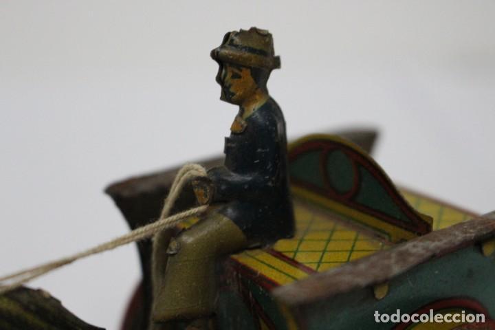 Juguetes antiguos Rico: Antigua carreta o tartana con ruedin de rico. buen estado. - Foto 4 - 189978382