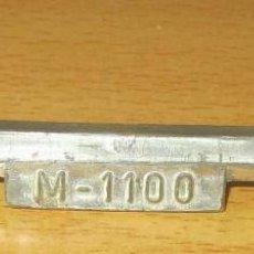 Brinquedos antigos Rico: MORRIS 1100 PARAGOLPES DELANTERO ORIGINAL RICO. Lote 190227145