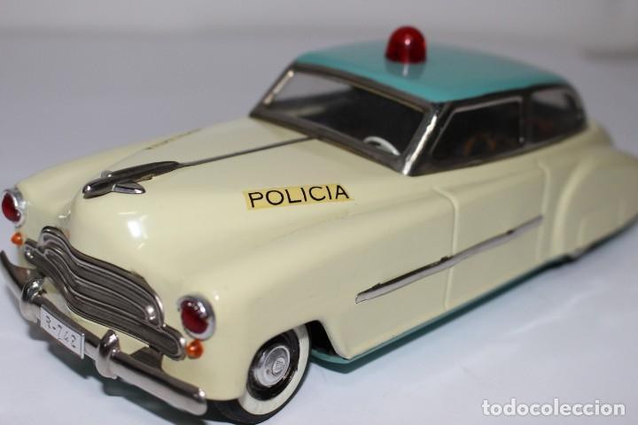 Juguetes antiguos Rico: Coche de policía Rico nº 742, muy buen estado y funcionando - Foto 12 - 191630717