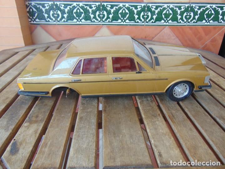 Juguetes antiguos Rico: COCHE CABLE-DIRIGIDO DE RICO ROLLS ROYCE PIEZAS O RESTAURAR FALTA UNA RUEDA, CABLE Y MANDO - Foto 7 - 194321805
