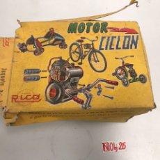 Juguetes antiguos Rico: RICO MOTOR CICLON PARA BICICLETAS 1965. Lote 194626293