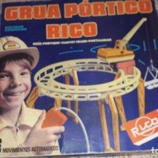 Juguetes antiguos Rico: GRUA PORTICO DE JUGUETES RICO , RICO S.A. , GRUA JUGUETE , JUGUETE ANTIGUO. Lote 195413292