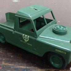 Brinquedos antigos Rico: AMBULANCIA DE CAMPAÑA LAND ROVER DE RICO. Lote 196871476