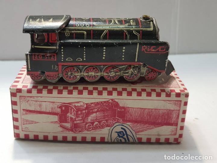 Juguetes antiguos Rico: Locomotora hojalata Rico ref.144 en caja original primera generación - Foto 2 - 199577786