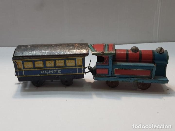 Juguetes antiguos Rico: Tren Renfe de Hojalata RSA de Rico años 30 totalmente original Difícil - Foto 2 - 199578527