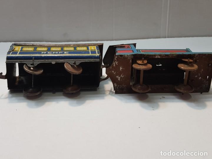 Juguetes antiguos Rico: Tren Renfe de Hojalata RSA de Rico años 30 totalmente original Difícil - Foto 6 - 199578527